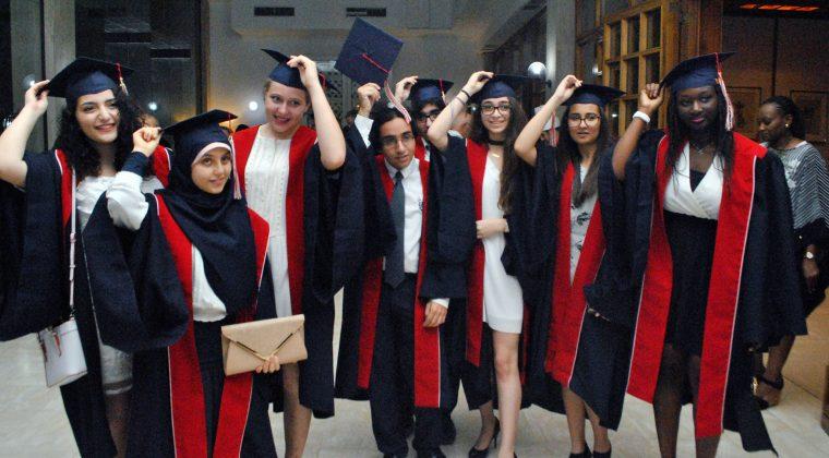 La promotion 2017 du lycée français Mlf de Bahreïn, le 17 juin 2017