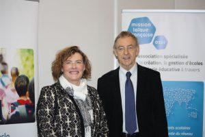 Florence Robine, Directrice générale de l'Enseignement scolaire et Jean-Christophe Deberre, directeur général de la Mlf au salon de l'éducation 2016