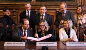 Cérémonie de signatures de conventions entre établissements du réseau et de l'académie de Paris, décembre 2016