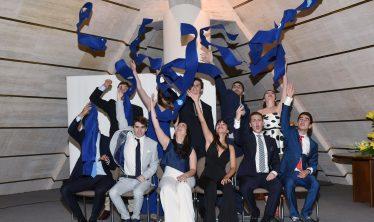 Les lycéens du lycée Jules Verne célèbrent l'obtention du Bachibac, le 19 mai 2017