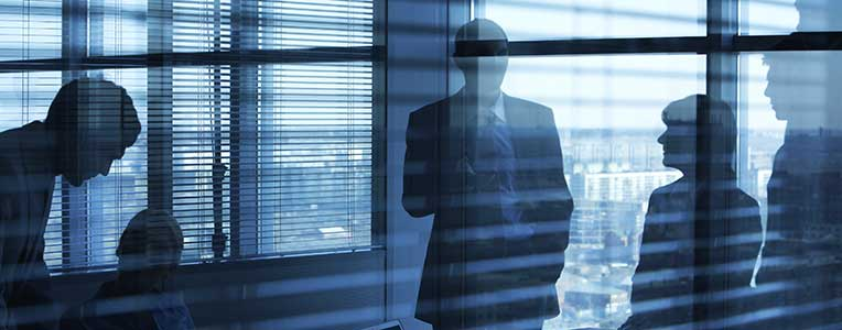 personnels-encadrement-©-mediaphotos---istockphoto