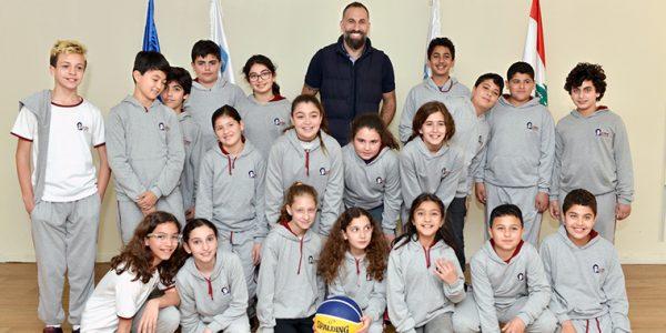 Fadi El Khatib et les élèves de 6e